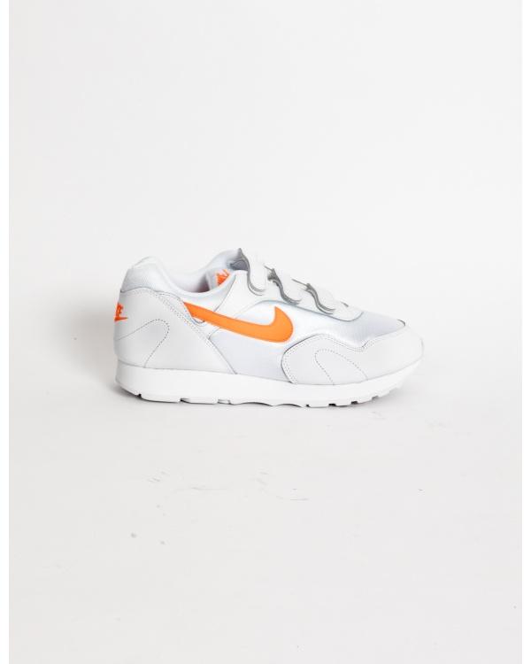 W Nike Outburst V
