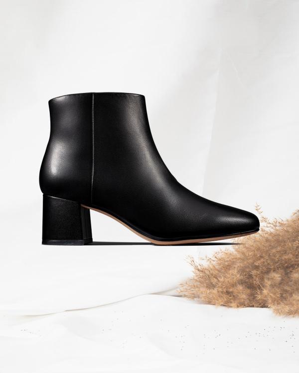Sheer Flora Black Leather